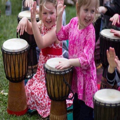 Online kids drumming classes. Get your kids drumming! Djembe lessons online.