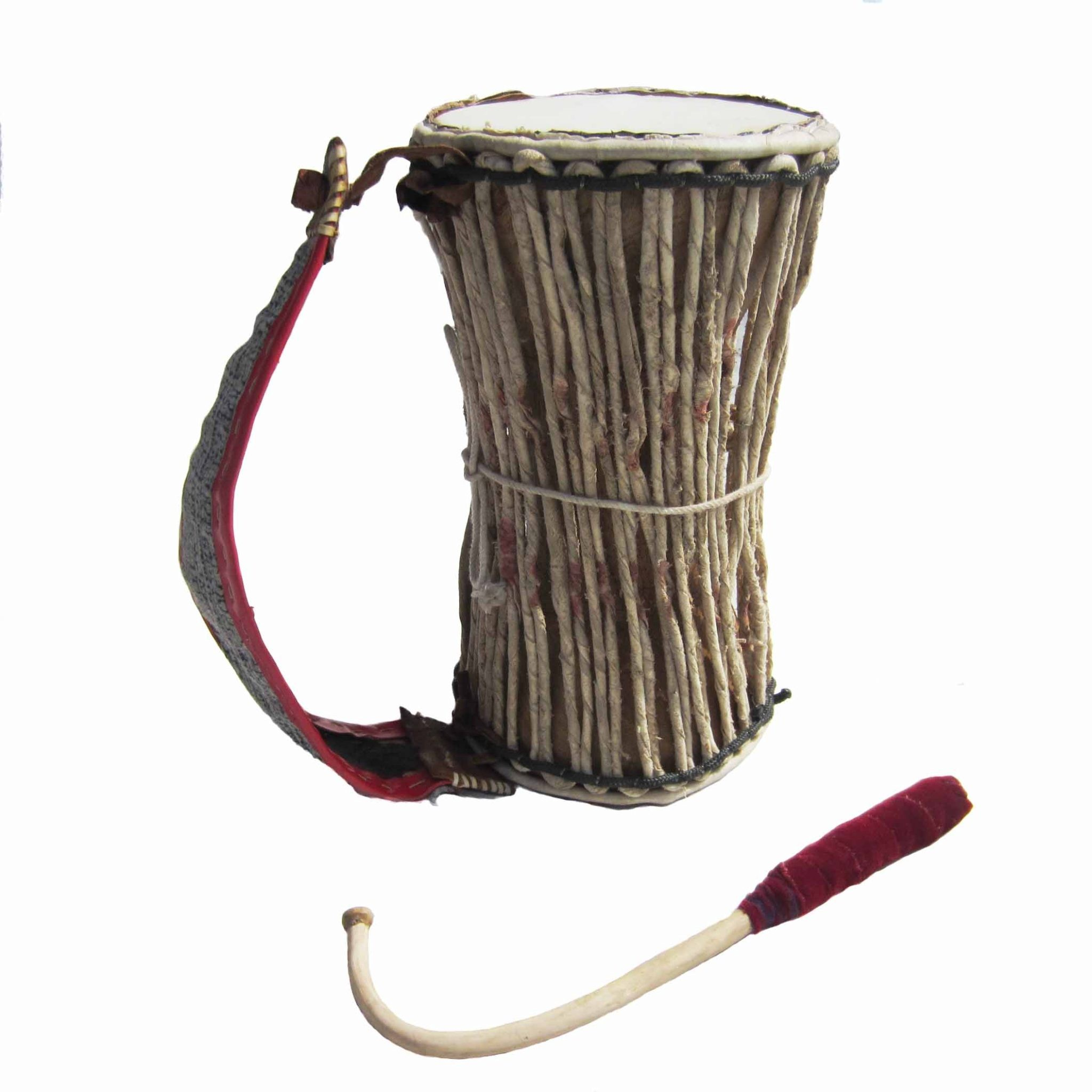 african talking drum Talking drum: oral-aesthetic motif as the masquerade trains perceptions of forces that operate behind outward forms in the universe, so too does the musical instrument play a crucial role in adding to and reinforcing this perceptual training.